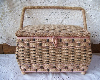 Antique Wicker Sewing Basket with Handle.Antique Sewing Basket.Shabby Chic Decor.Sewing Room Decor.Antique Sew Basket.Sewing Caddy.Mending.
