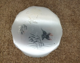 Vintage Compact Hummingbird Engraved Design /Mid Century Collectibles