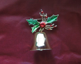 Vintage Christmas Brooch or Pin.  Christmas Bell with Holly.  Excellent Condition.