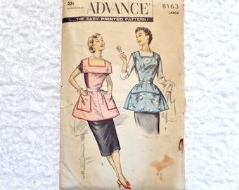 Vintage Advance Apron Pattern 8163 Size Large