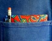 BEAUTIFUL Vintage Brightly Colored Paisley Print Bandanna / Handkerchief / Neckerchief.  Made in USA.