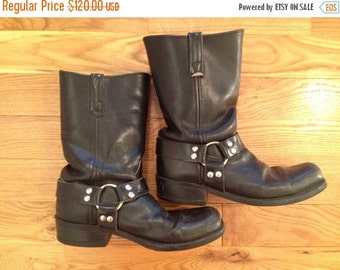 xoxo... Vintage Harness Boots / Men's 8, Women's 10  / Motorcycle Boots