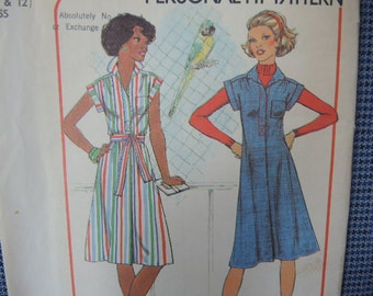 vintage 1970s simplicity sewing pattern 7578 misses dress or jumper size 10 and 12 UNCUT
