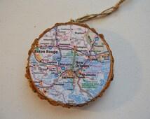 Wood Tree Slice~ Handmade Map Ornament Circle~ State City~ Custom Made~ Wall Decoration~ Travel Keepsake~ Personalized~