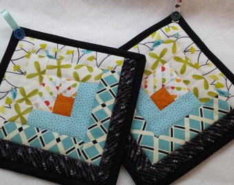 Log Cabin Quilted Hot Pad