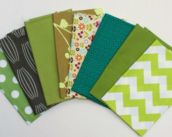 LAST SET - Green Fat Quarter Bundle - It's a Green Thing!  -   8 FQ cuts -  Total of 2 Yards -  Quilters Cotton
