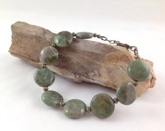 Green moss agate gemstone bracelet