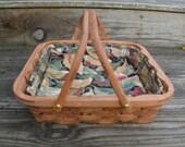 single pie carrier tote basket Oak wood handles