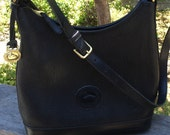Dooney and Bourke vintage hobo shoulder bag, black all weather pebble leather, D&B hang tag, cloth tag, 1980's era