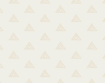 Prisma Elements by Art Gallery Fabrics, Pearl and Gold Metallic, PRE811