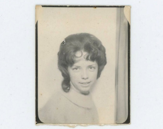 "Vintage Photo Booth, 1942 : ""Ladona Livengood,"" 1942 (67483)"