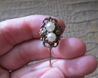 Old World Lapel Pin: Victorian Revival Antique Style Pearl Stickpin. Collar Pin.Lapel Pin for Grooms/ Dandy Vintage Victorian Style Fashion