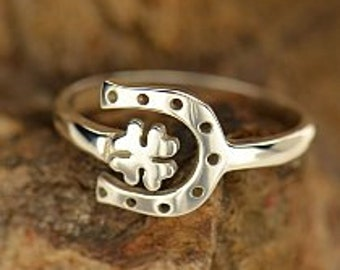 Four Leaf Clover Ring, Lucky Horse Shoe Ring, Sterling Silver Lucky Ring, Lucky Clover Ring, Luck Ring