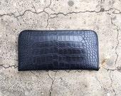 BASIC - Black Bi Fold Croc Embossed Calf Leather Zippered Wallet