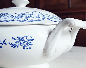 French soup tureen, Digoin soup tureen, blue transferware soup tureen