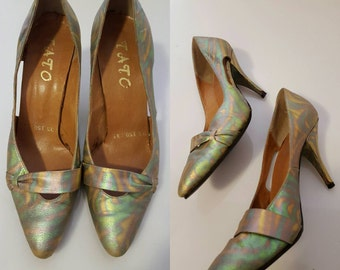 1970s Vintage Women's Psychedelic Patterned Cut Out Heels Size 6