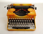 Typewriter, Royal Standard Portable, Orange 1930s
