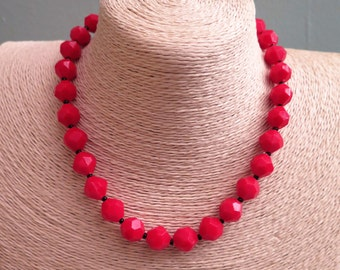Red Necklace - Red Plastic Necklace - Vintage Necklace - Vintage Red Necklace - Vintage Red Plastic Necklace - 1960s Necklace 1970s Necklace