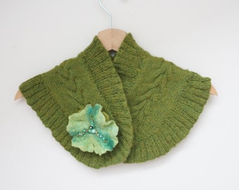 Ruffle knitted scarf with Felt wool shamrock pin brooch green Easter St. Patrick's day emerald apple olive lime seed bead embroidery