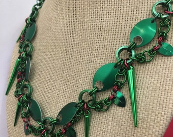 New Poison Ivy Chainmaille Necklace- Batman comics inspired.