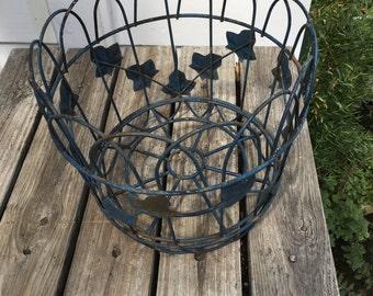 Vintage Metal Planter, Ivy Design