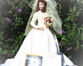 PRICE REDUCED! 1997 She Walks In Beauty Bride Porcelain Doll