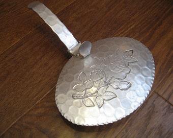 Vintage Kraftware Aluminum Silent Butler/Crumb Catcher With Flip Top Lid
