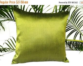 SALE Green Pillow, Green Throw Pillow, Green Pillow Cover, Silk Pillow, Decorative Pillow, Green Cushion, 18x18 pillows