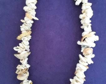 Chunky shell beaded necklace, tiki, rockabilly