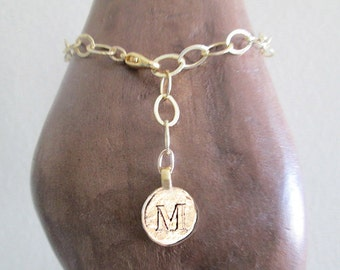 Gold letter bracelet with M, M bracelet, personalize bracelet for anniversary gift, mixed gold filled plated chain M initial letter bracelet