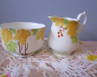 Cream & Sugar Set Royal York Bright Yellow Spring time flowers