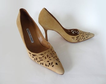 Manolo Blahnik Laser Cut Tan Suede Pumps Size 37 1/2