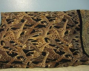 Giraffe's Everywhere/Pillowcase