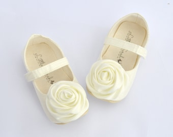 Ivory Baptism Shoes Christening Shoes Baby Girl Shoes Ivory Wedding Shoes Flower Girl Shoes White Newborn Shoes Infant Shoes