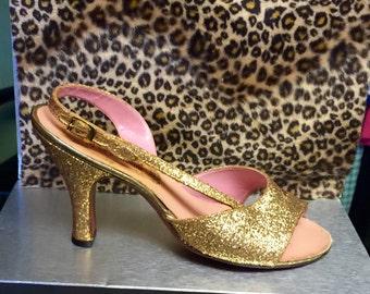 1950's Vintage Gold Burlesque Kitten Heels