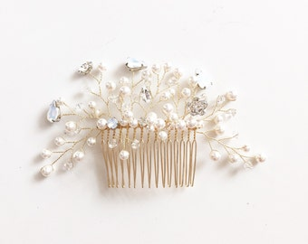 Swarvoski Opal Crystal Bridal Hair Comb, Floral hair comb, pearls hair comb, bridal hair comb, Crystal, pearl hairpiece, Style H005