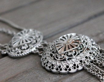metalwork silver necklace- vintage jewelry