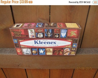 ON SALE vintage 1976 Kleenex Bicentennial unopened box of facial tissues. made in USA