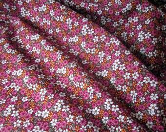 Pink Floral Print Cotton - Retro Print Fabric - Dark Pink Floral Print - Vintage Style Fabric - Floral Cotton Fabric