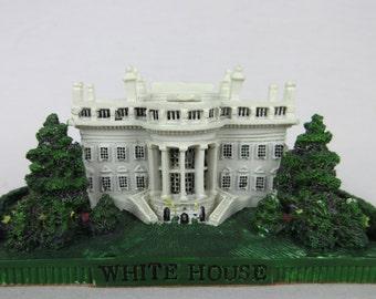 Vintage White House, Washington DC Souvenir Figurine