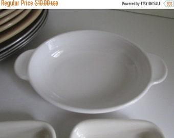 SALE Casserole Dish Oval Corning handled Bowl Rare sz Vintage White Corning Serving Bowl Corning 14-B