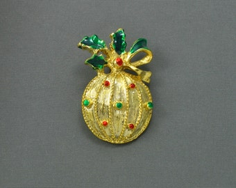 Vintage 1970s Holiday Ornament Brooch. Vintage Holiday Brooch. Vintage Christmas Pin.  VIntage Holiday Jewelry