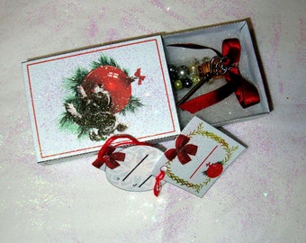 Printable Christmas gift boxes,  5 complete boxes with 3 tags each,Holiday Gift Boxes, Match Boxes,  Do it yourself, easy to make