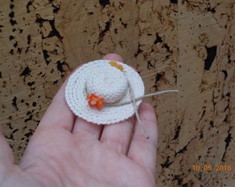 1/12th miniature country Hat