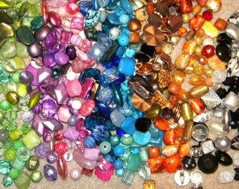 SPECIAL NEW Jesse James 50 Loose BEADS 6-20mm Random Mix Bag Full of different sizes, shapes, & colors