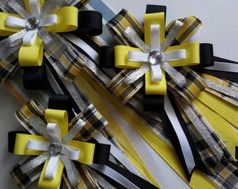 Horse show bow and tail bow set in yellow and black tartan paid with silver accents