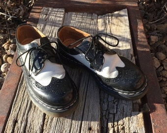Fall 25% off sale Vintage Dr Marten Black and White women's wingtip US size 7 shoe, made in England