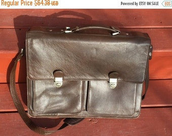 Fall 25% off sale Brown Leather messenger bag/brief case