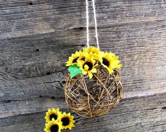 Sunflower Kissing Ball Centerpiece, Flower Girl Pomander Ball, Twig Grapevine Ball,  Rustic Summer Sunflower Wedding, Decorations Decor