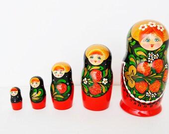 Russian matryoshka doll babushka nesting set of 5